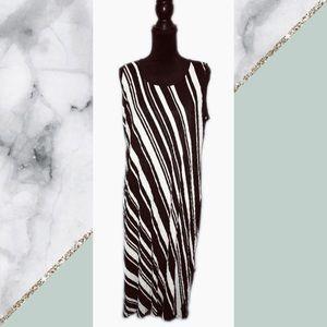 Travel Elements Pleated Striped Maxi Dress